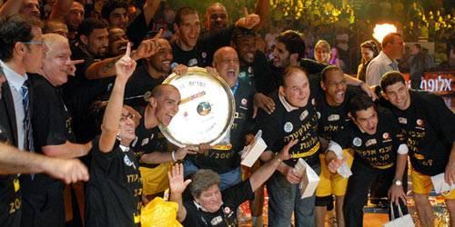 Израильский «Маккаби» Тель-Авив стал чемпионом Евролиги