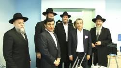 Год Нисанов и Зарах Илиев на торжественной церемонии открытия еврейской школы