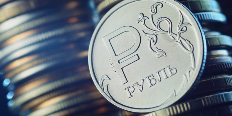 Рост цен на нефть благотворно влияет на рубль